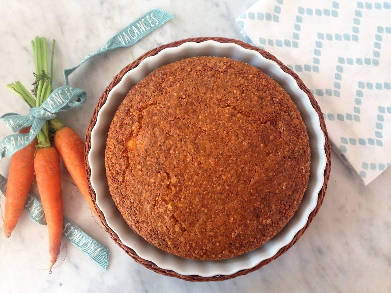 Torta Camilla con carote, mandorle e nocciole