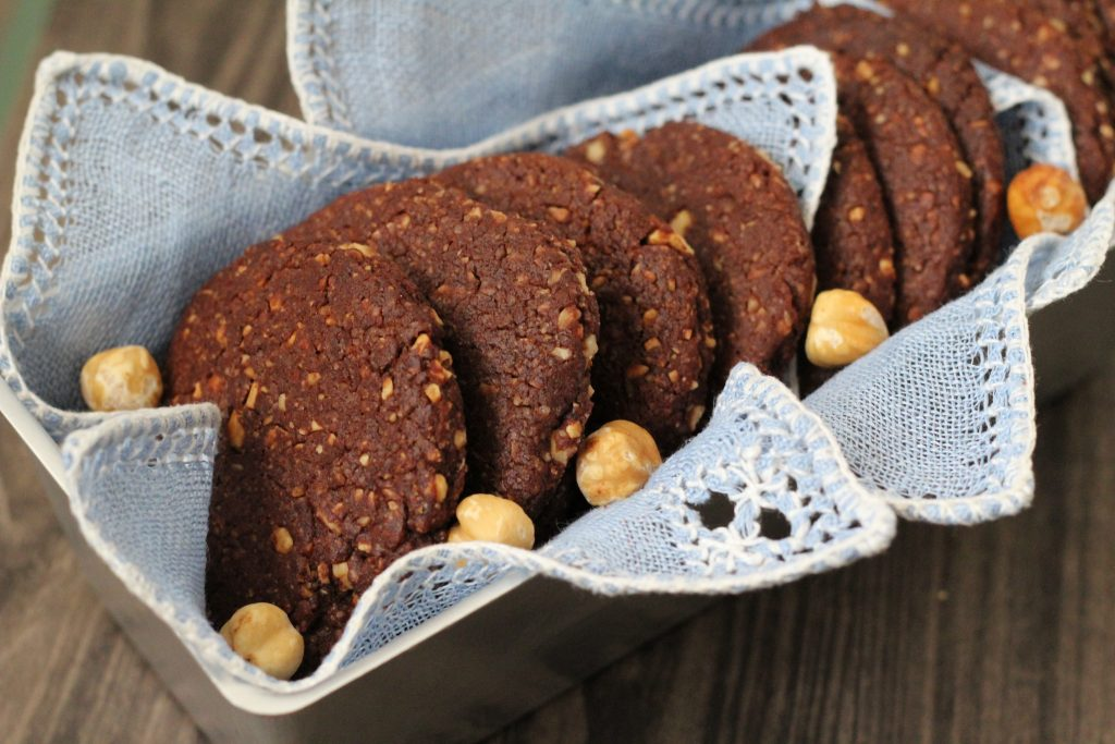 Biscotti Vegan al cioccolato e nocciole