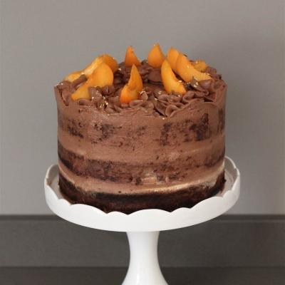 Naked cake al Baileys, cioccolato e albicocche 2